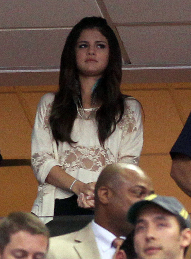 Pictures of Selena Gomez With Justin Bieber Kissing Justin Bieber And Selena Gomez