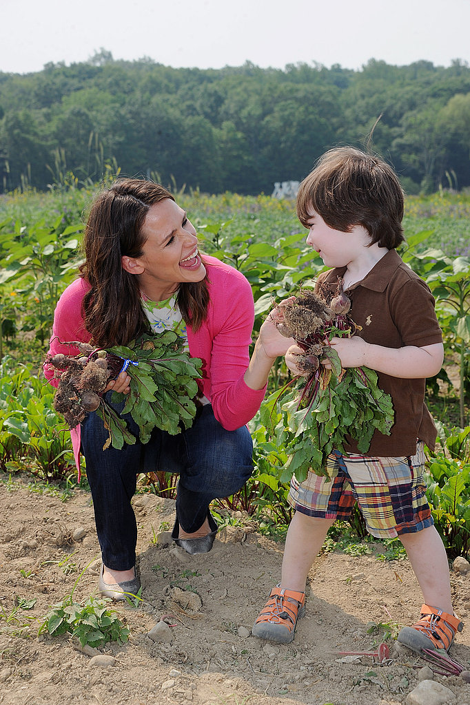 Jennifer Garner Gets Her Hands Dirty and Digs Into Her Latest Philanthropic Project
