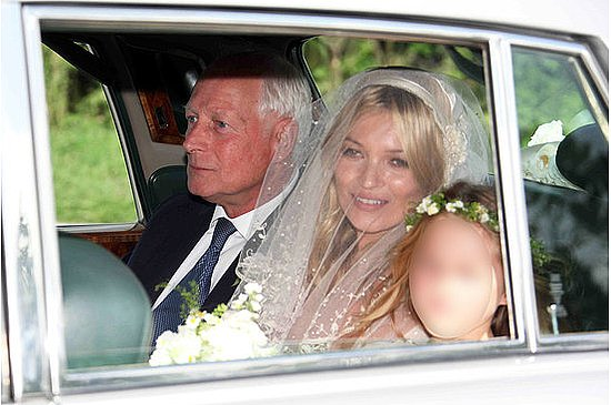 Kate Moss Wedding Pictures 2011-07-01 09:49:41