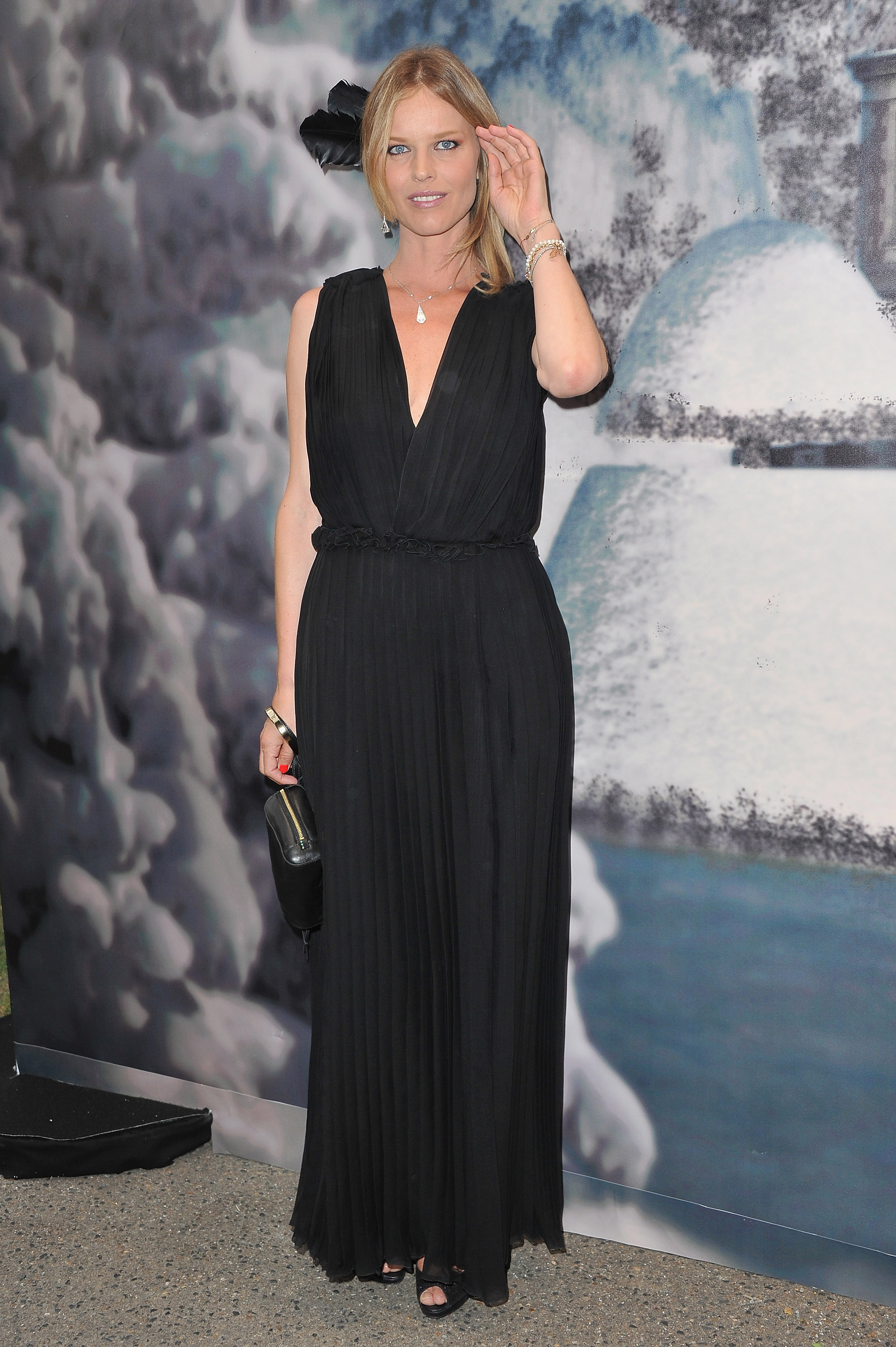Eva Herzigova stuck to black for the Ball.