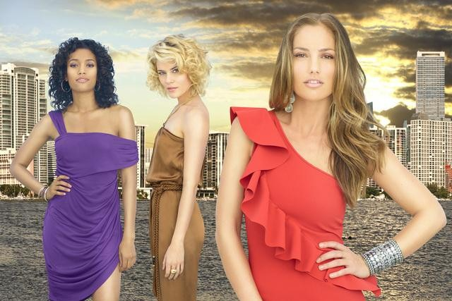 Annie Ilonzeh, Rachael Taylor, and Minka Kelly in ABC&#039;s Charlie&#039;s Angels.