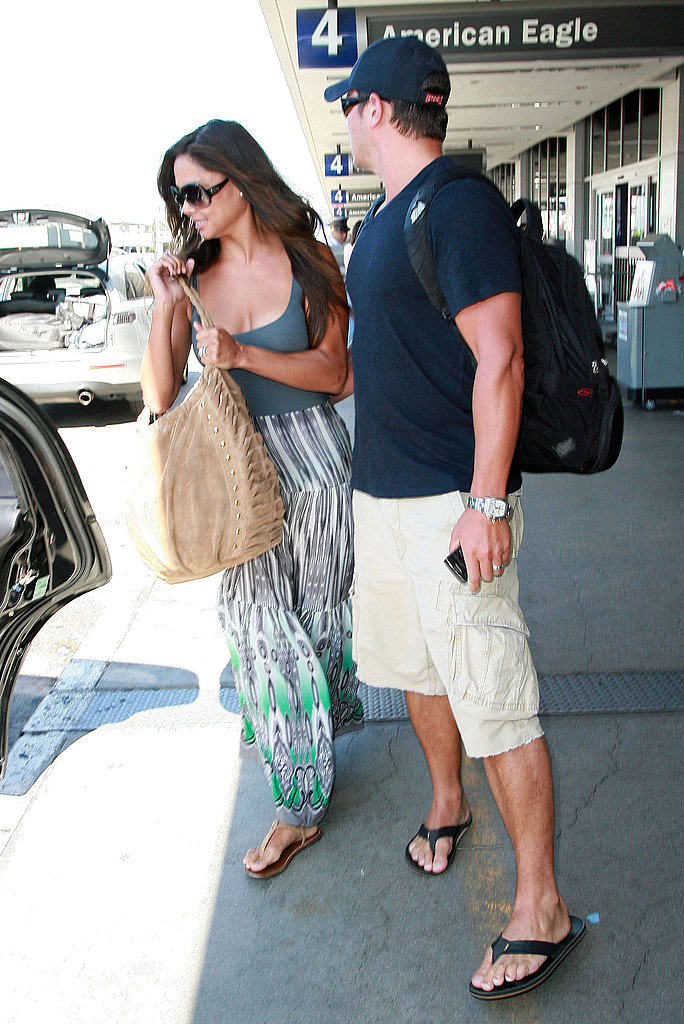 Nick Lachey and Vanessa Minnillo return home a married couple.