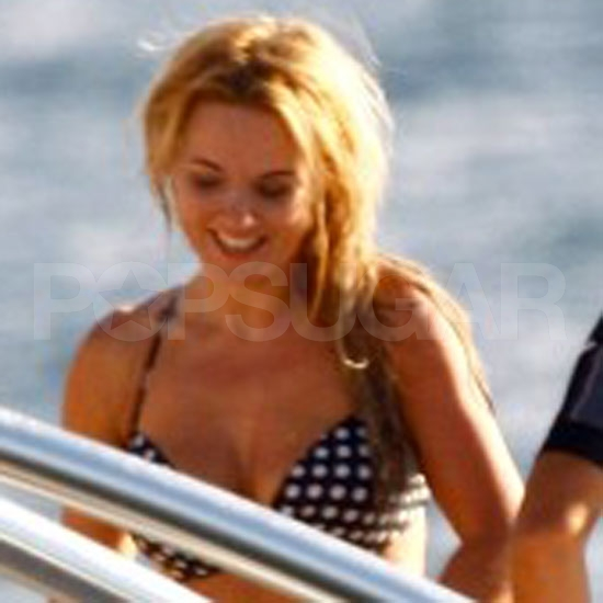 Geri Halliwell Bikini Pictures After Split From Henry