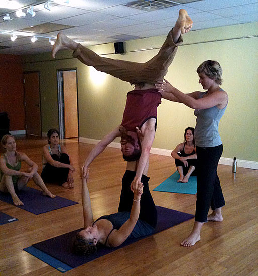 What to Expect From an AcroYoga Workshop