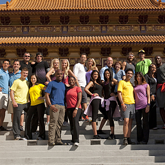 The Amazing Race Cast For Season 19