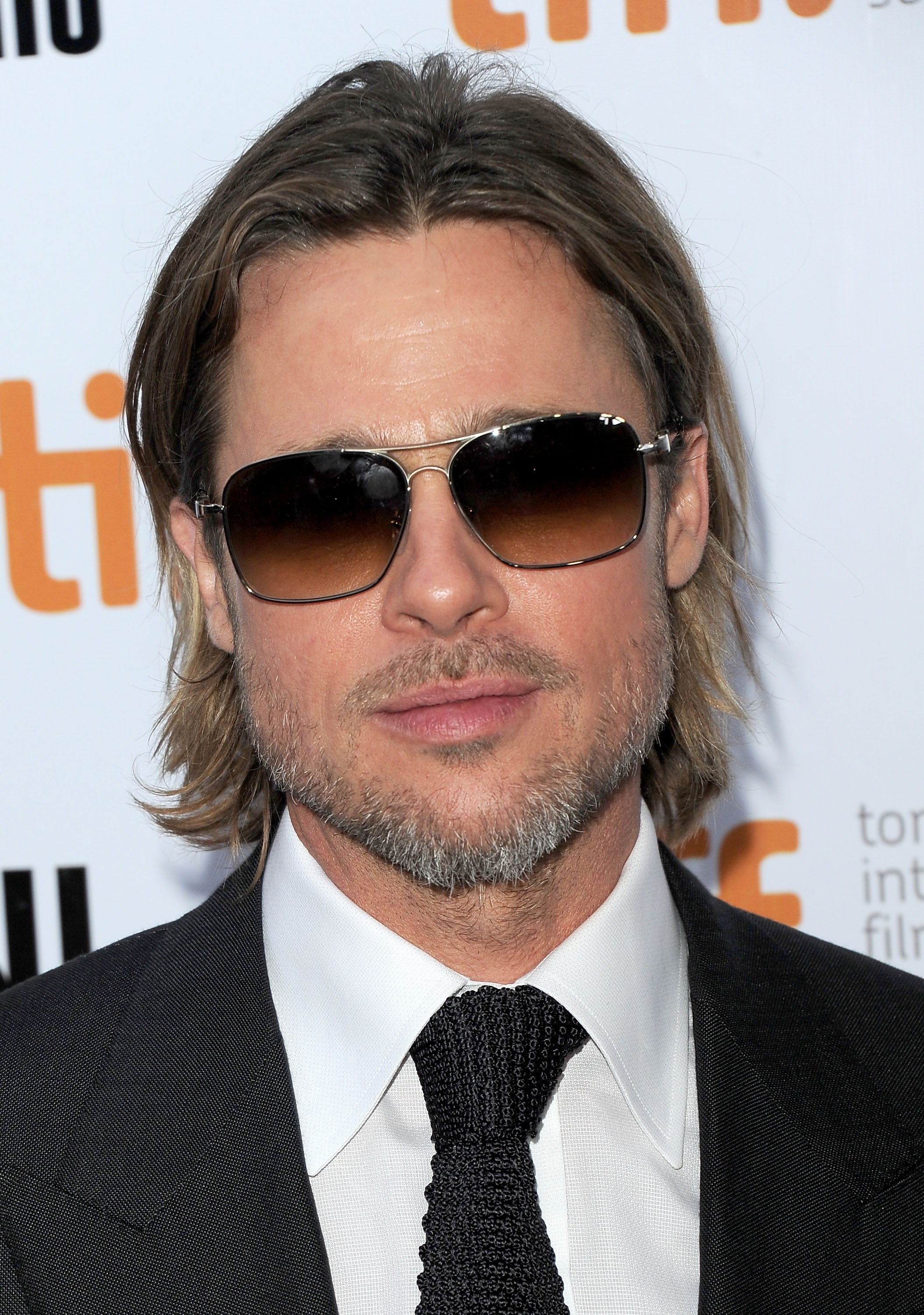 brad pitt wore sunglasses at night in toronto jennifer. Black Bedroom Furniture Sets. Home Design Ideas