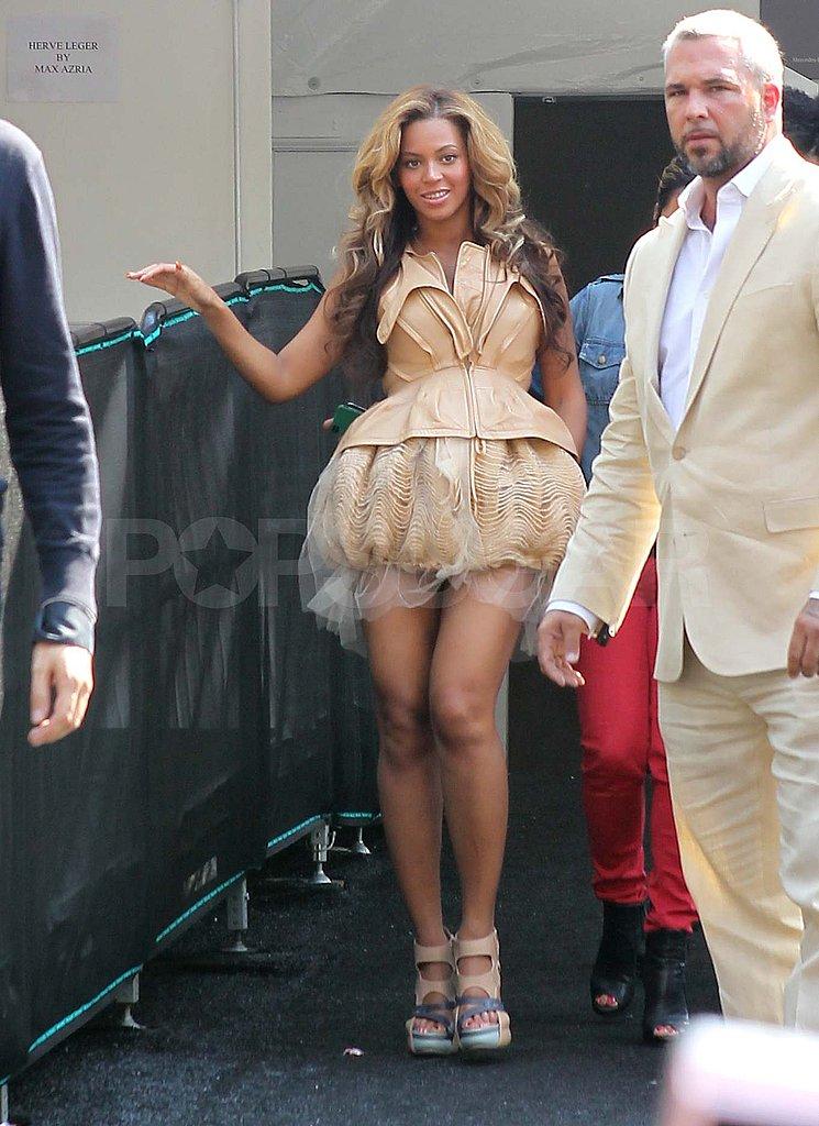 Pregnant Beyoncé Knowles at NY Fashion Week.