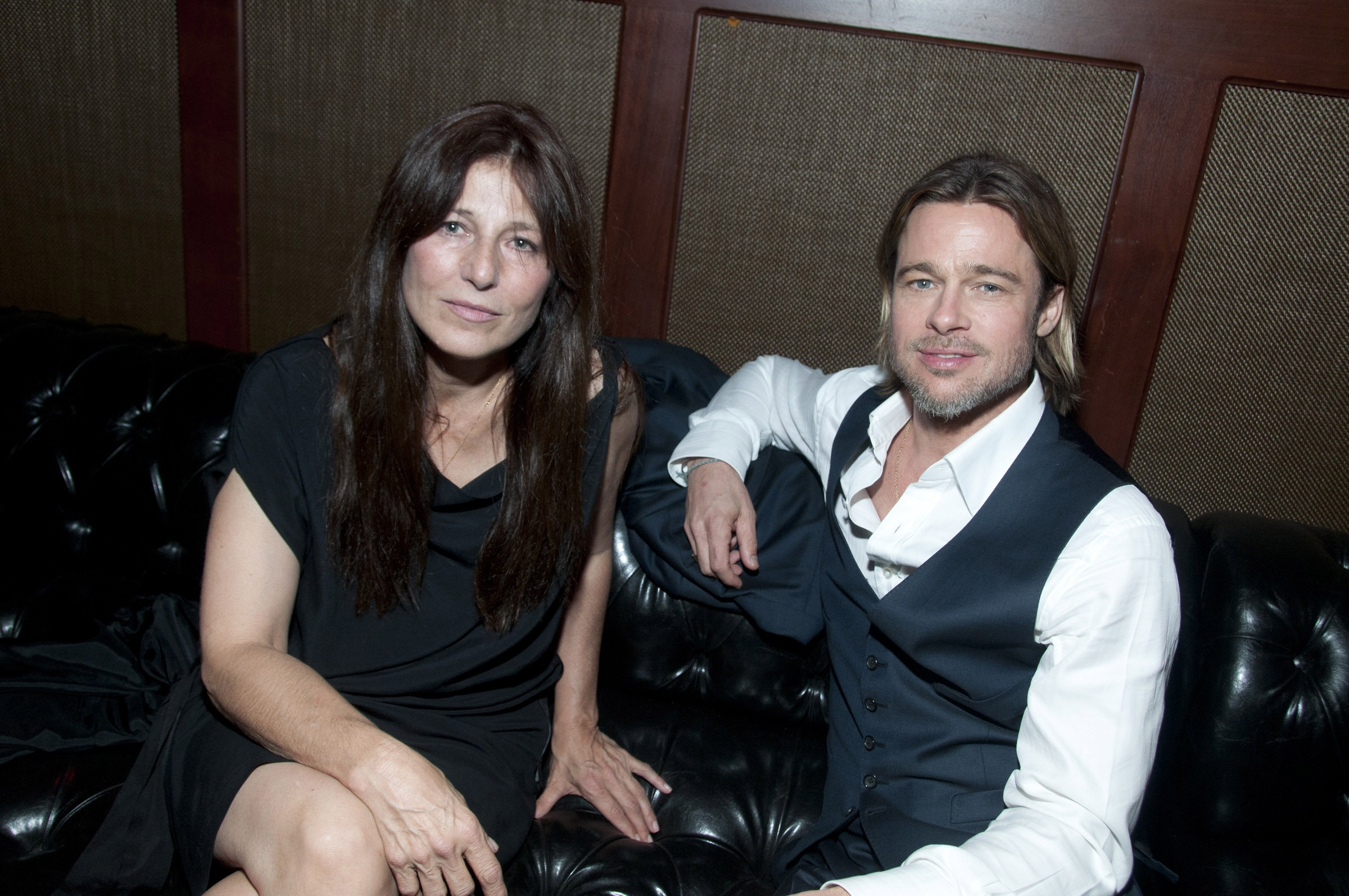 Photo of Catherine Keener & her friend actor  Brad Pitt -
