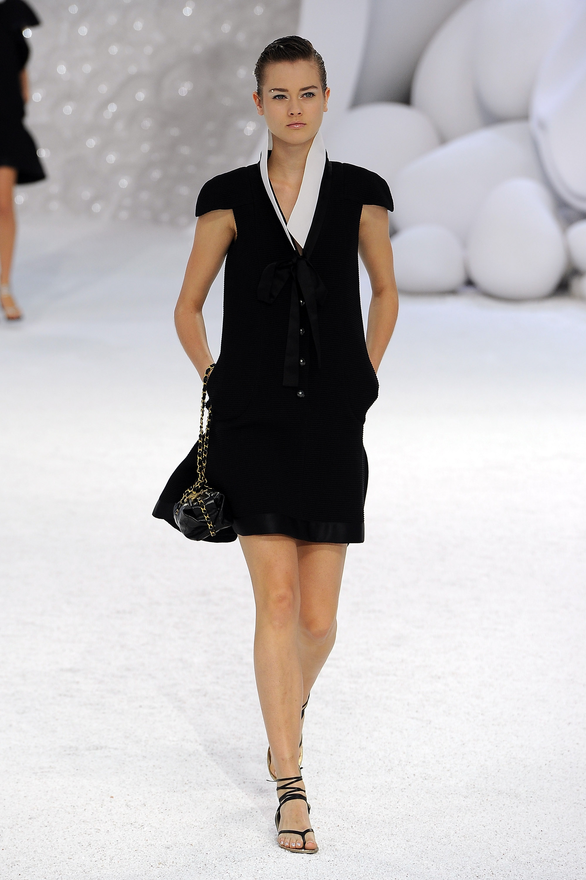 Review and Pictures of Chanel Runway Show at 2012 Spring ...