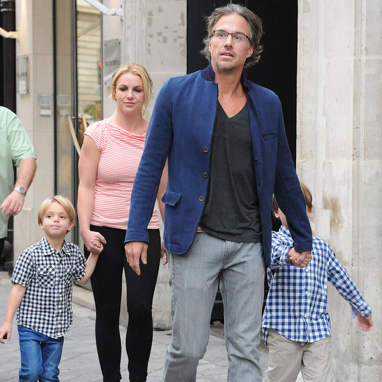 Britney Spears With Sons and Boyfriend in London Pictures