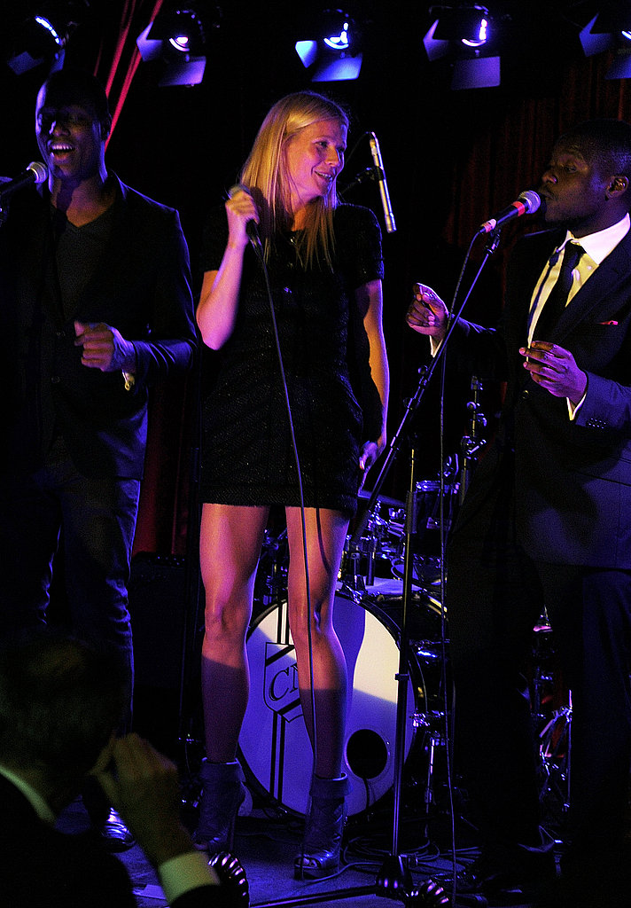 Gwyneth Paltrow shared a duet with the Knights Before in London.