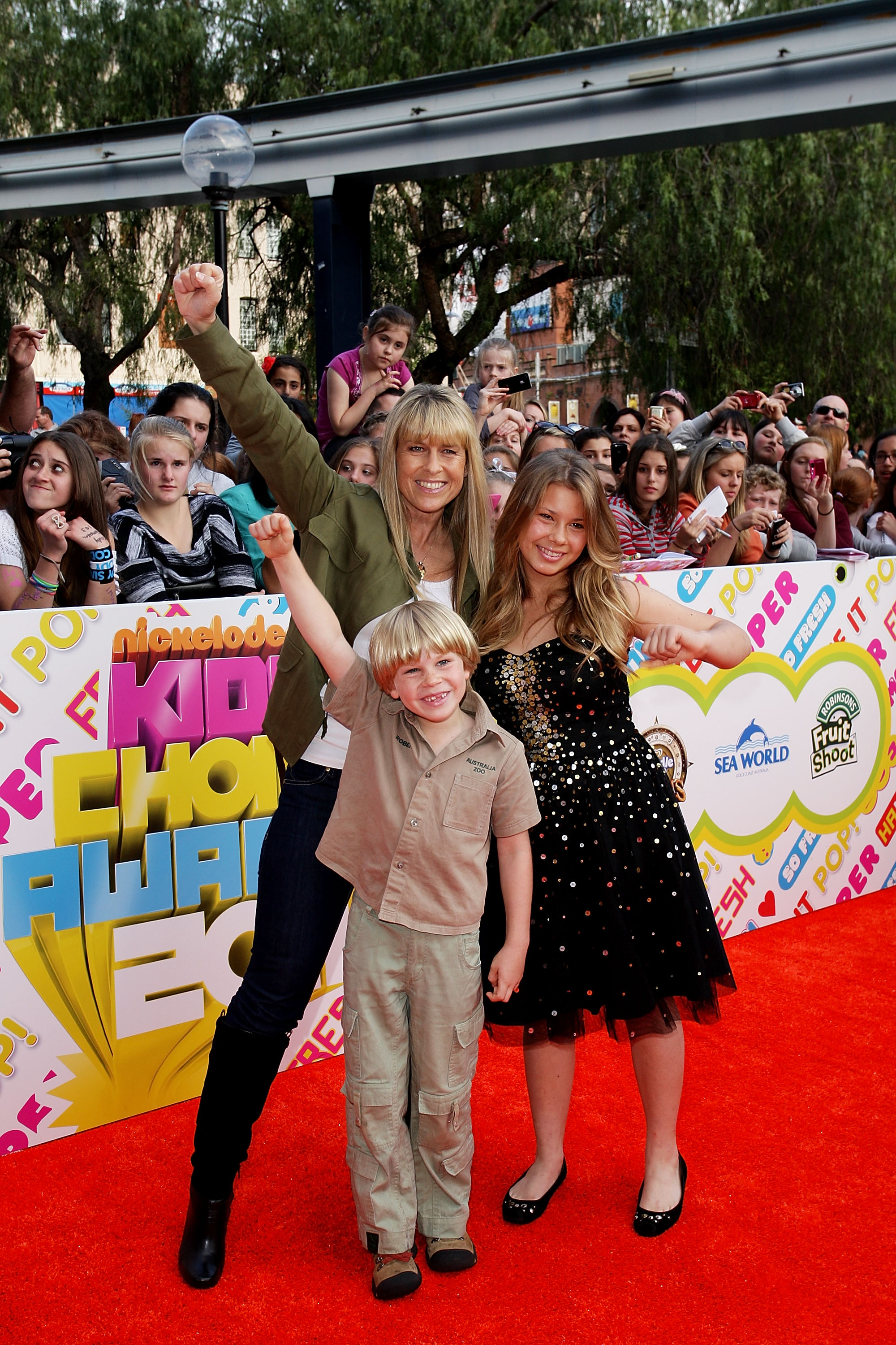 Terri, Robert and Bindi Irwin