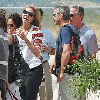 George Clooney and Stacy Keibler Hugging Pictures in Mexico