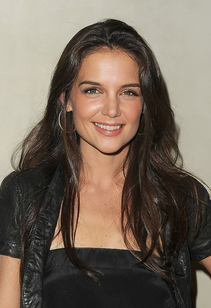 Katie Holmes smiled at a dinner for Armani and Vanity Fair in LA.