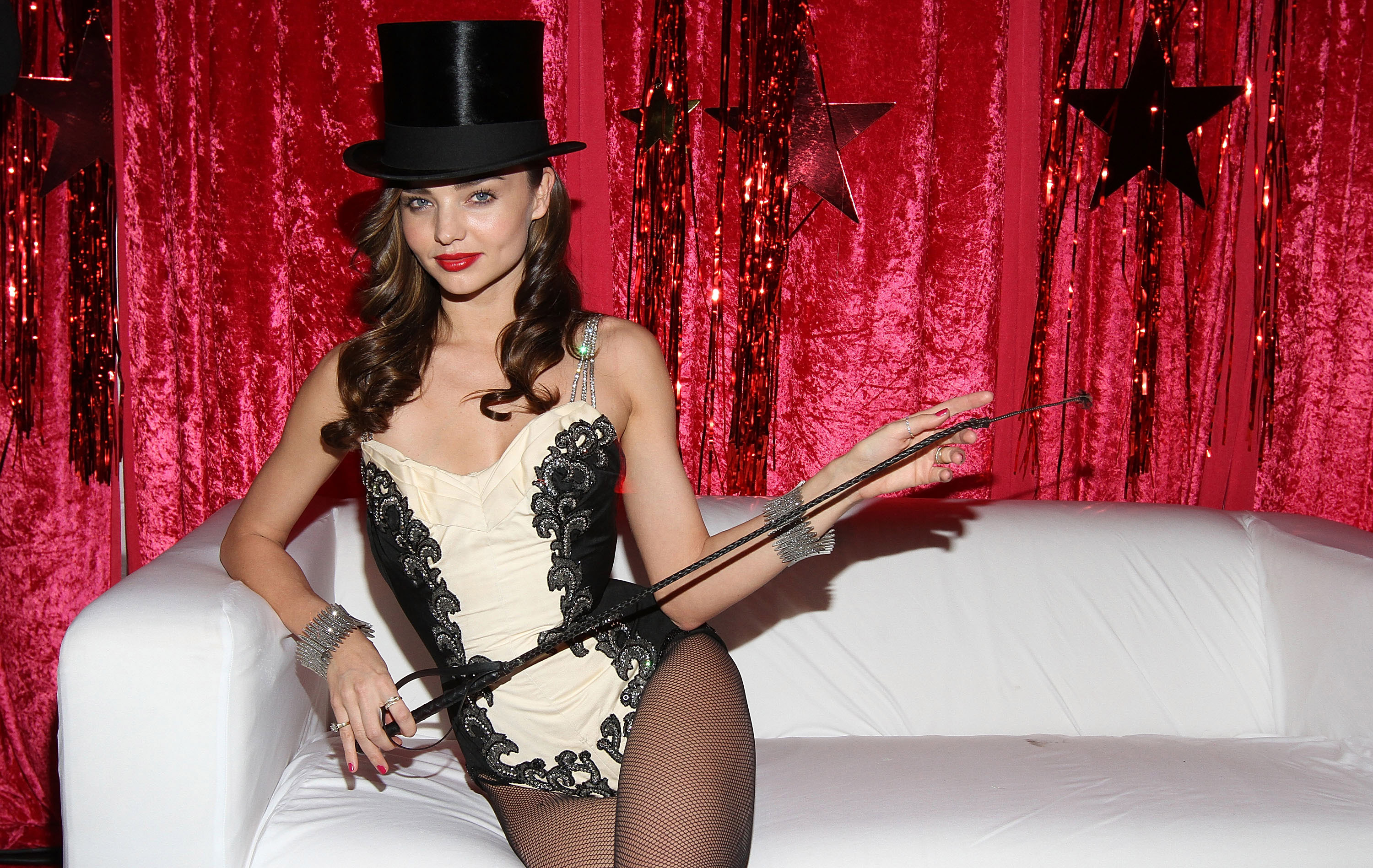 Miranda Kerr hosted a sexy Halloween party.