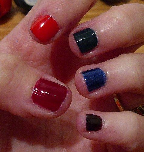 Krazy Kardashian manicure