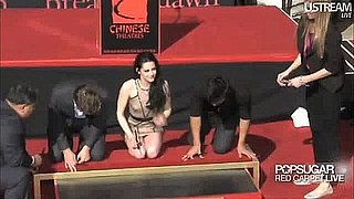 Video Highlights From Robert Pattinson, Kristen Stewart and Taylor Lautner Twilight Handprint Ceremony