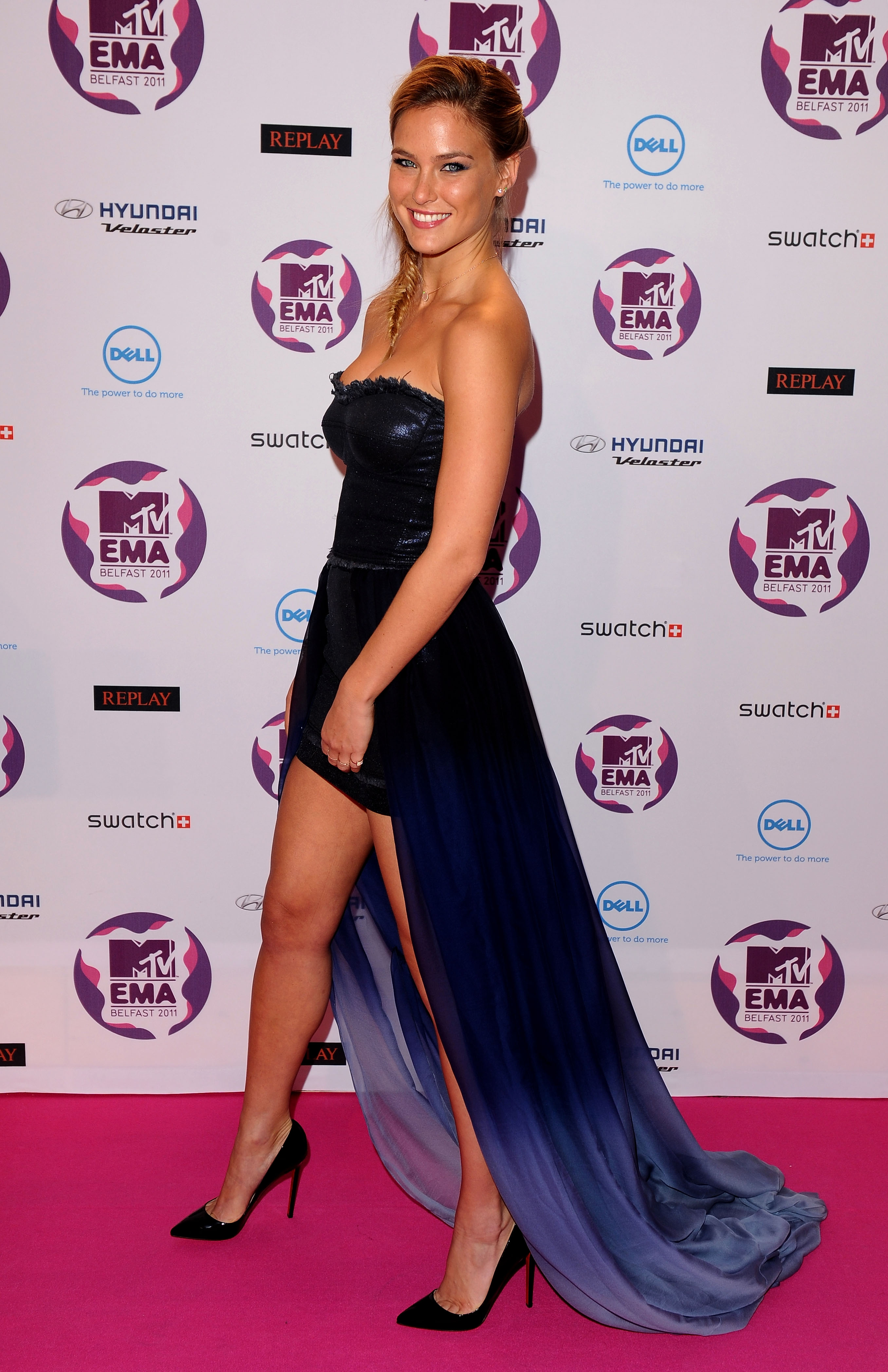 Bar Refaeli's dress was a party in front and business in the back.