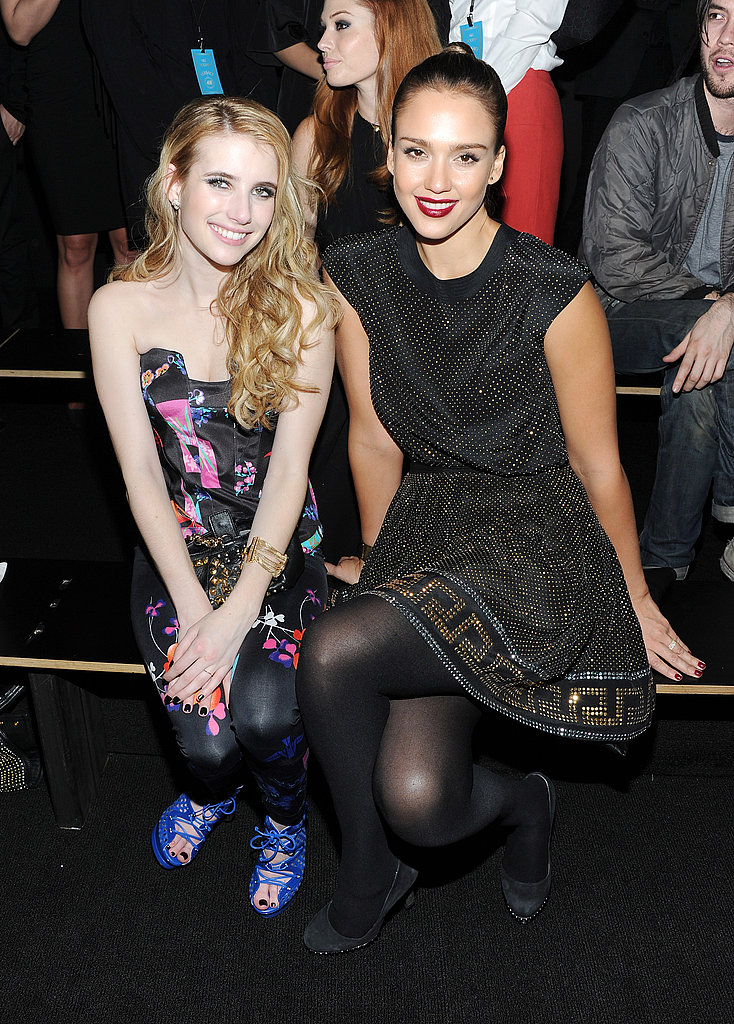 Emma Roberts and Jessica Alba took advantage of a photo opportunity.