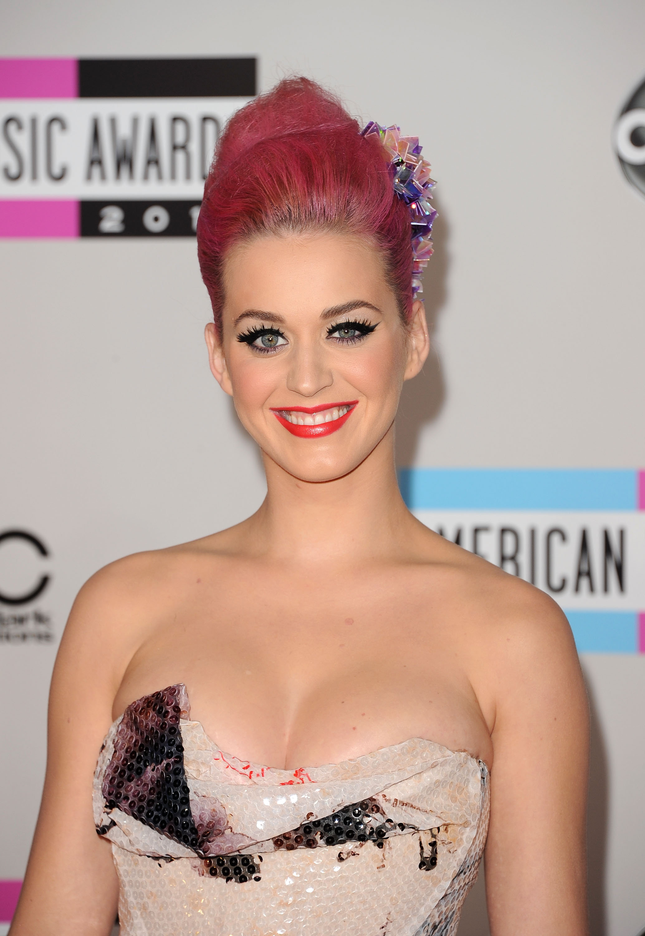 Katy Perry with pink hair in LA.