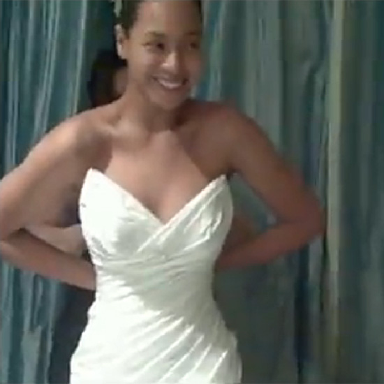 """Beyonce Knowles """"I Was Here"""" Wedding Dress Pictures"""