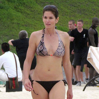 Pictures of Cindy Crawford in a Bikini in Mexico