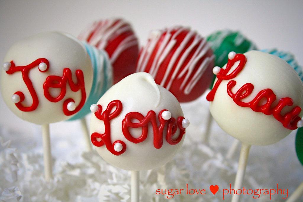 Sweet Holiday Cake Pops