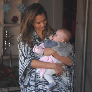 Jessica Alba Christmas Tree Shopping With Family Pictures