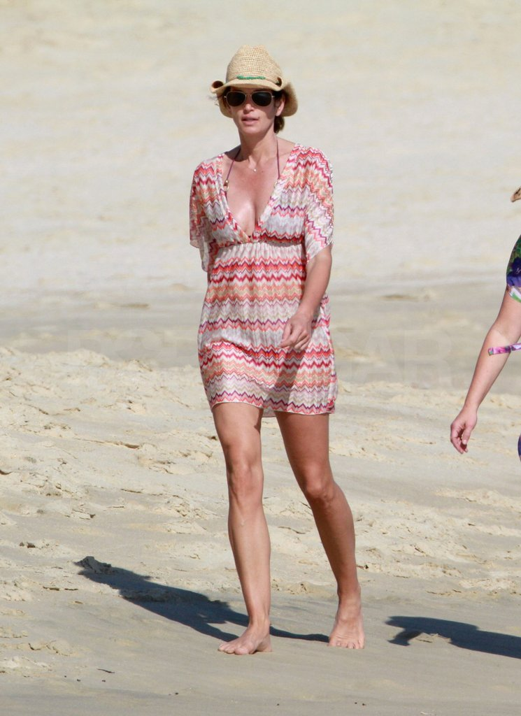 Cindy Crawford Starts Her Annual Mexican Getaway With Clooney and Friends