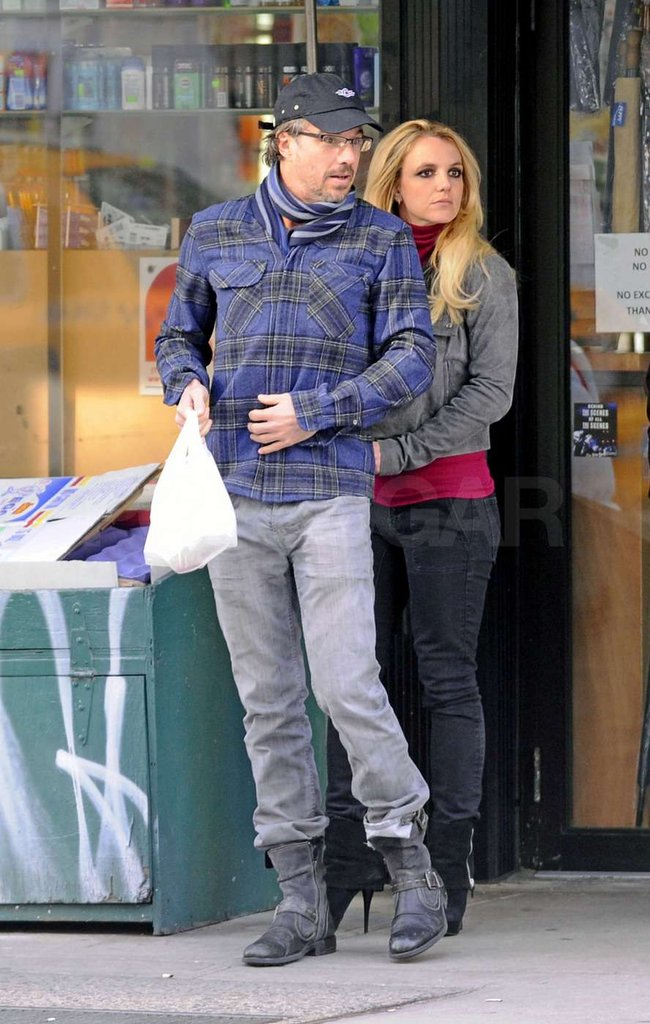 Jason Trawick and Britney Spears stopped at a convenience store.