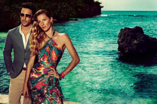 Gisele stuns in a tropics-inspired Salvatore Ferragamo. Source: Fashion Gone Rogue