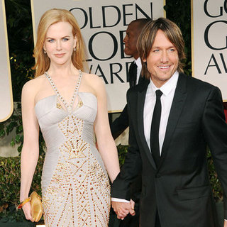 Nicole Kidman Versace Dress Pictures with Keith Urban at 2012 Golden Globes
