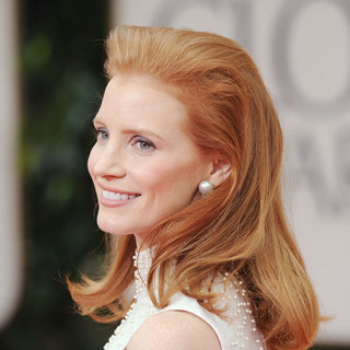 Jessica Chastain's 2012 Golden Globes Hair and Makeup Look