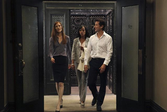 Darby Stanchfield, Kerry Washington, and Henry Ian Cusick in Scandal.</p> <p>Photos copyright 2012 ABC, Inc.