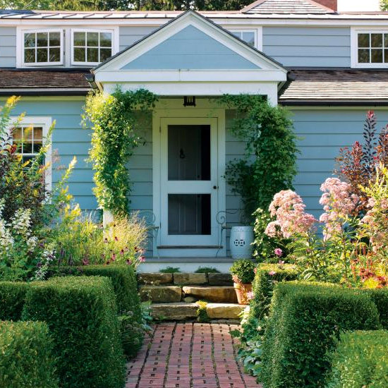 Beautiful Backyards and Gardens