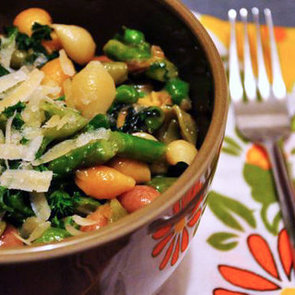 Simple Pasta With Asparagus and English Peas