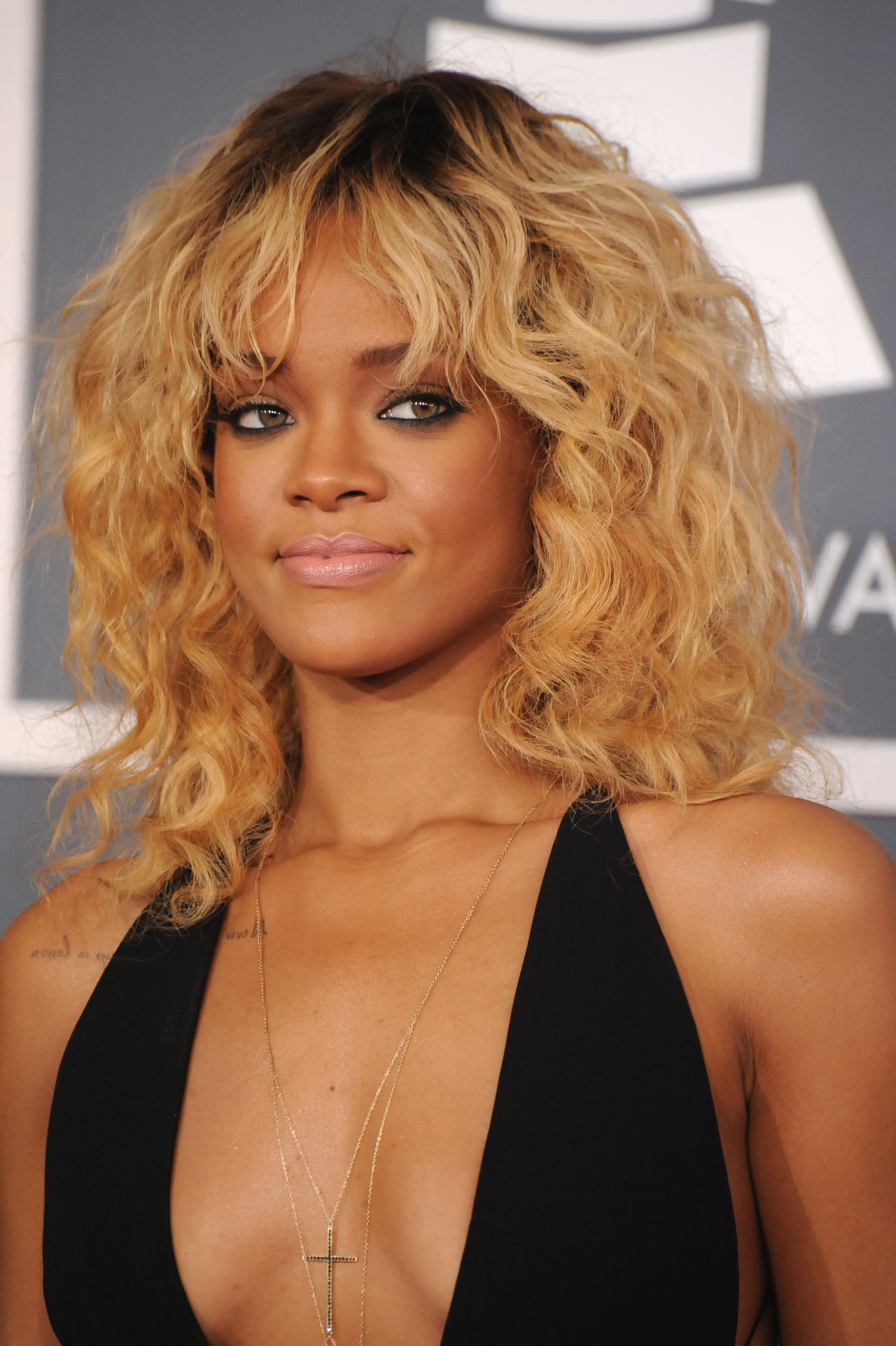 Rihanna with blond hair at the Grammys.