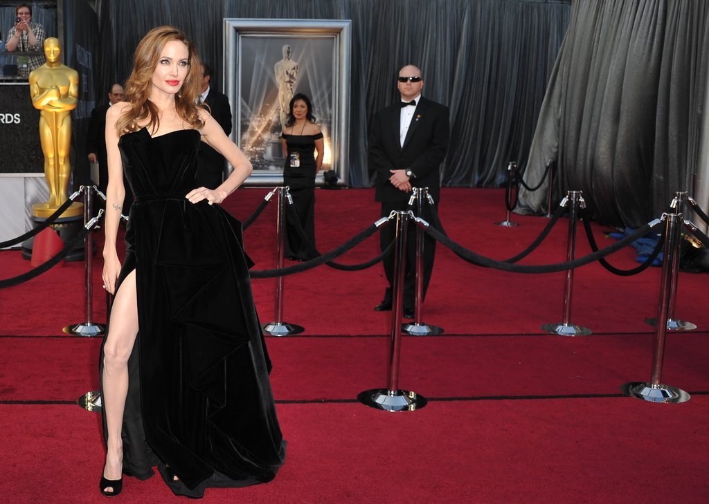 Brad Pitt and Angelina Jolie Bring Sexy Glamour to the Academy Awards