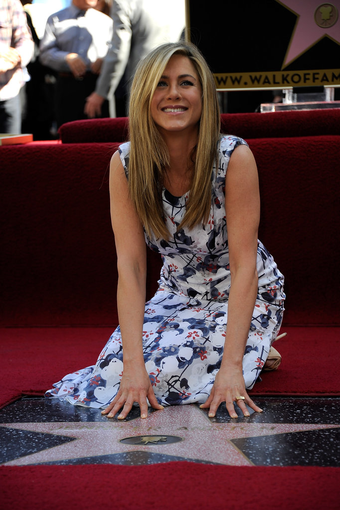 Jennifer Aniston Has Her Her Dad and Justin's Support at Her Walk of Fame Ceremony