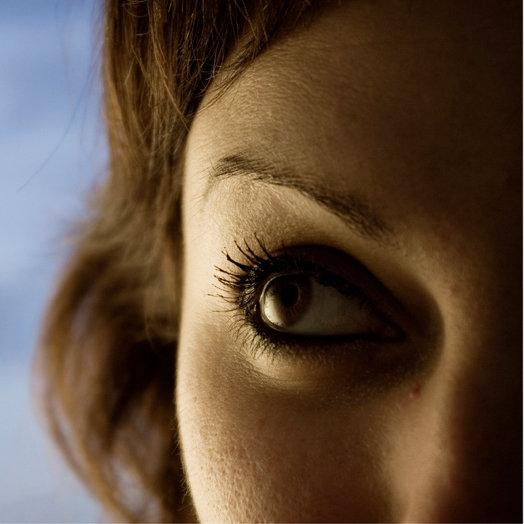 How to Keep Mascara Off Eyelids