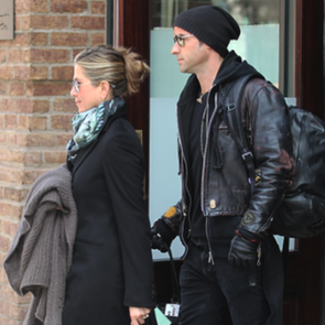 Jennifer Aniston and Justin Theroux Leaving Hotel Pictures