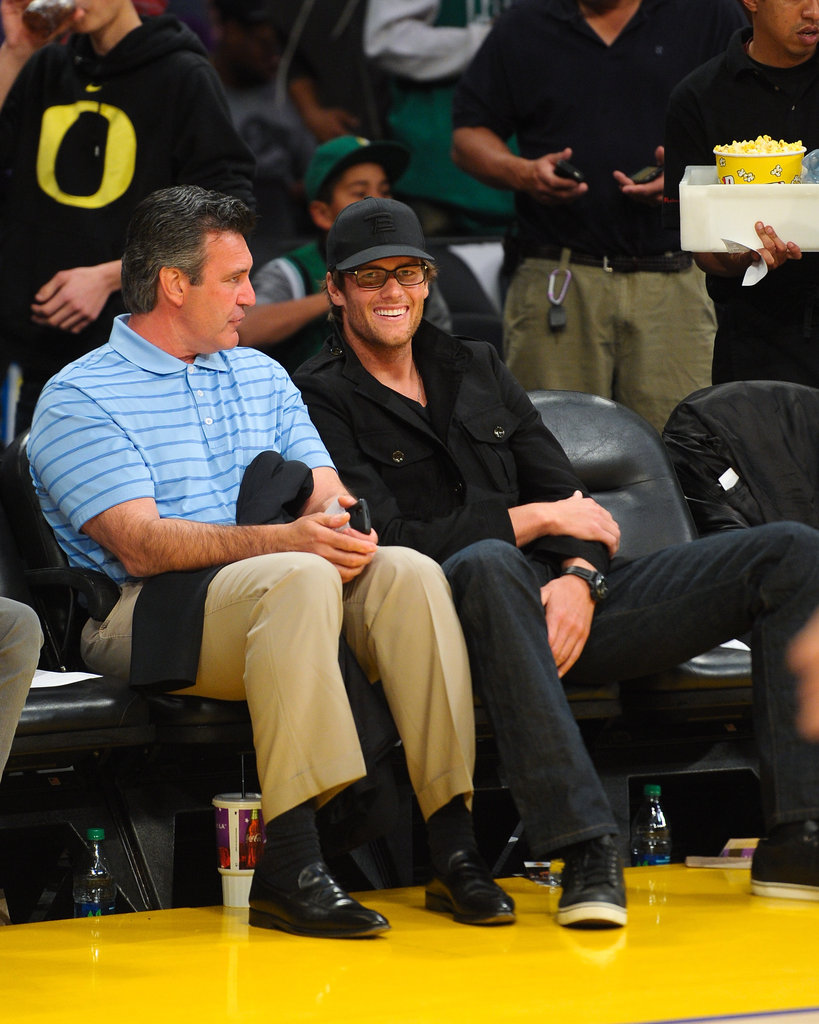 Tom Brady chatted at the Lakers game.