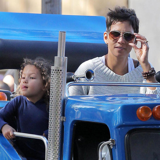Halle Berry and Nahla at Knott's Berry Farm Pictures