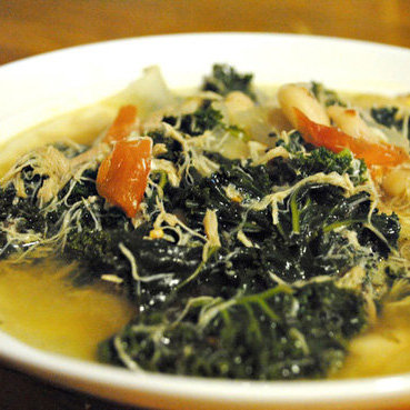 Chicken Soup Recipe With Bean and Kale