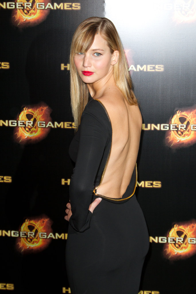 A closer look at Jennifer's backless Tom Ford dress.