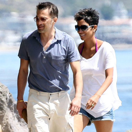 Halle Berry & Olivier Martinez on Beach in Malibu Pictures