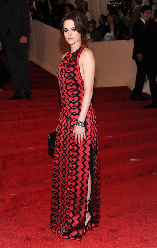 Kristen Stewart looked elegant at the Alexander McQueen Savage Beauty Met Ball in May 2011 i