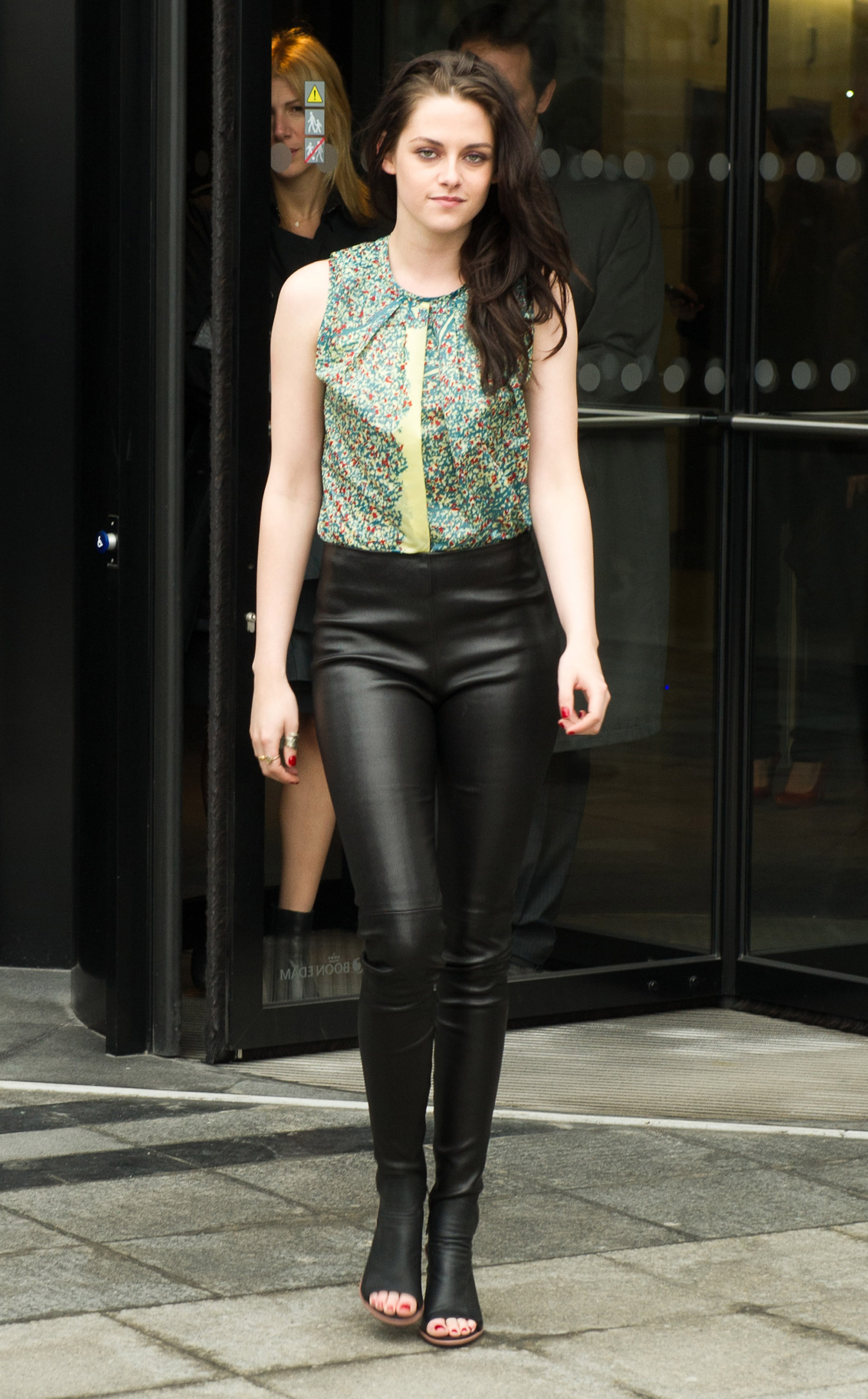 Kristen Stewart wore a pair of leather pants to the Balenciaga show during Paris Fashion Week in March 2012.