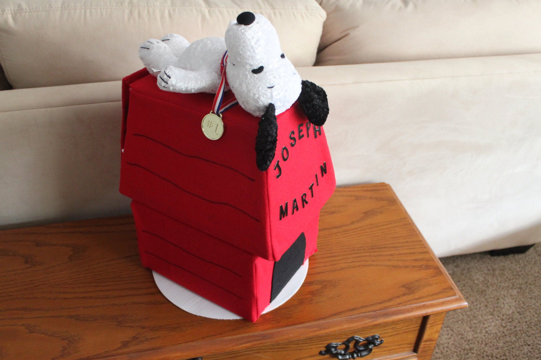 Snoopy Diaper Cake