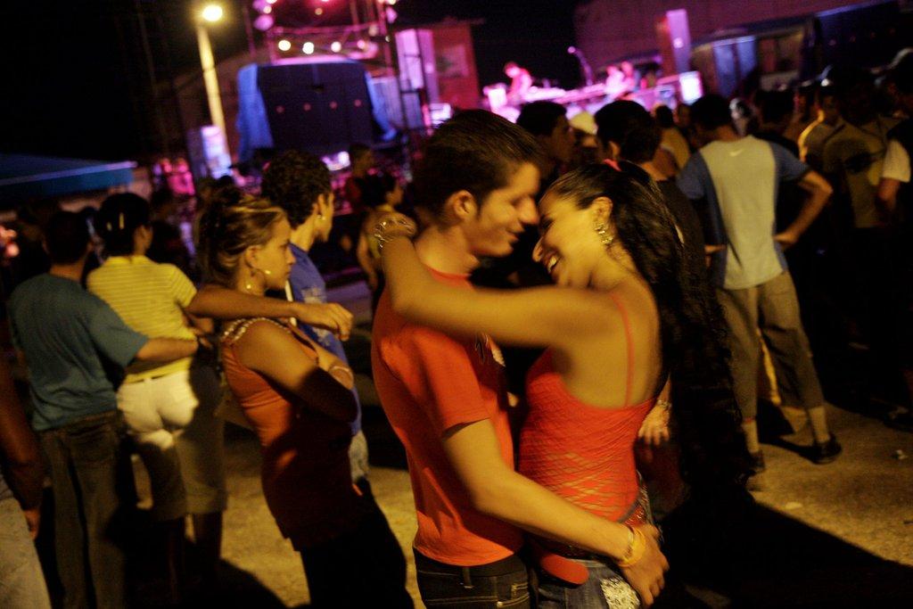 A pair got romantic at the Festival del Cine Pobre in Gibara, Cuba.